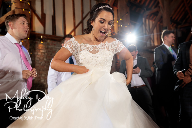Cooling-Castle-Weddings-Kent-Wedding-Photographer-www.MykeyDay-Photography.com-96 Cooling Castle Barn - Kent Wedding Venue