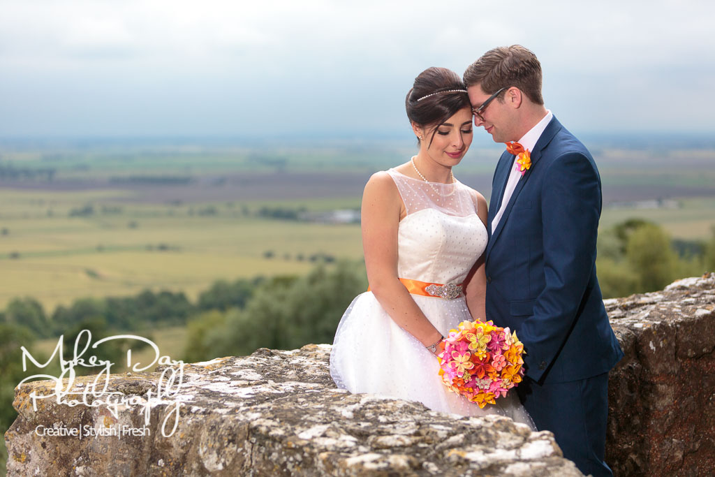 Lympne Castle Wedding Venue | Wedding Photography at Lympne Castle | Creative Photos | Beautiful scenic wedding photo