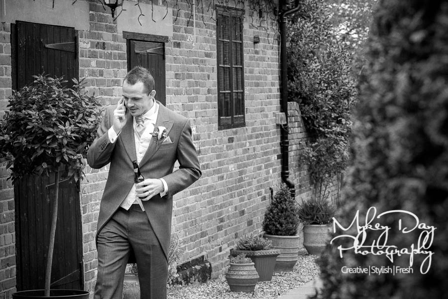 2018-Getting-Ready-Kent-Wedding-Photographer-Bridal-MUA-2017-18-Gallery-Kent-Wedding-Venues-www.MykeyDay-Photography.com-47a Five pitfalls to avoid when planning your wedding