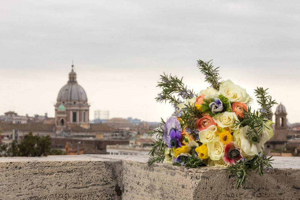 Wedding bouquet in Rome with Wedding Photographer Mykey Day