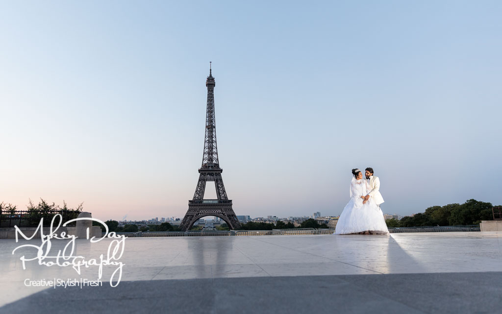 Paris Wedding Photography Eiffel Tower Photo Tour Bride Groom Sunrise