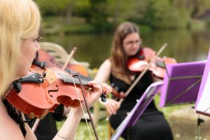Wedding-Musicians-in-Kent-and-Essex-Entertainment-Article-1-300x200 Wedding Entertainment Ideas