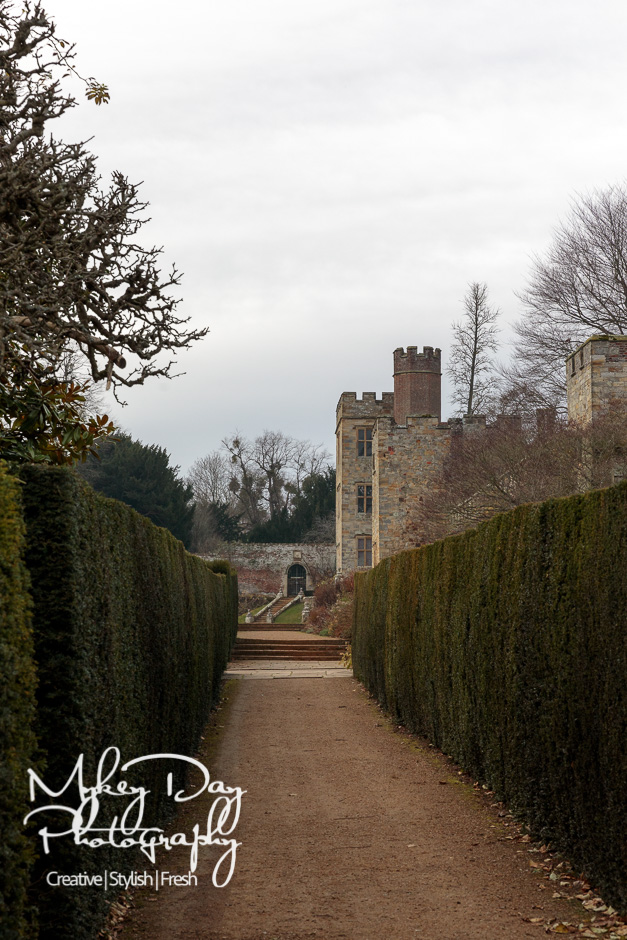 Penshurst-Place-Wedding-Penshurst-Place-Wedding-Photography-Kent-Wedding-Photography-Castle-Wedding-Victoria-James-www.MykeyDay-Photography.com-2 Penshurst Place Wedding Photography - Kent Wedding Venue Castle