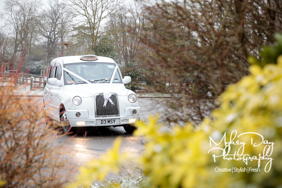 Mountains-Country-House-Wedding-Photography-Winter-Wedding-in-Kent-www.MykeyDay-Photography.com-36 Mountains Country House Wedding Photography