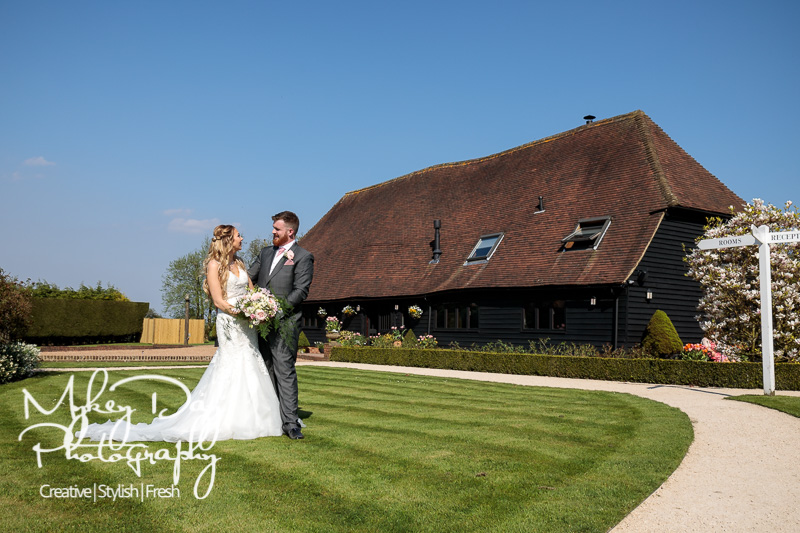 Old-Kent-Barn-Wedding-Photography-Kent-Wedding-Venues-www.MykeyDay-Photography.com-51 The Old Kent Barn Wedding Photography