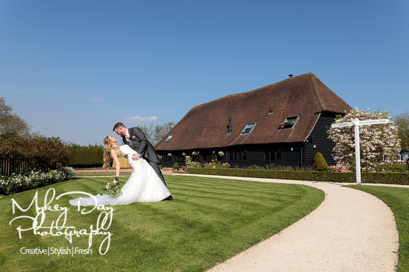 Old-Kent-Barn-Wedding-Photography-Kent-Wedding-Venues-www.MykeyDay-Photography.com-52 The Old Kent Barn Wedding Photography