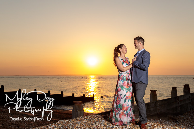 Whitstable-Sunset-Engagement-Pre-Wedding-Photos-Kent-Wedding-www.MykeyDay-Photography.com-26 Whitstable Sunset Engagement Photography - Rachel & Michael