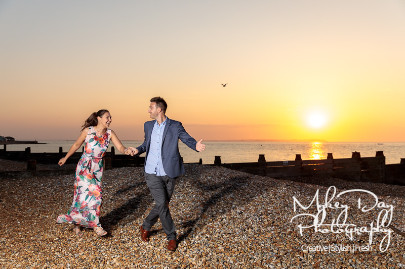 Whitstable-Sunset-Engagement-Pre-Wedding-Photos-Kent-Wedding-www.MykeyDay-Photography.com-29 Whitstable Sunset Engagement Photography - Rachel & Michael