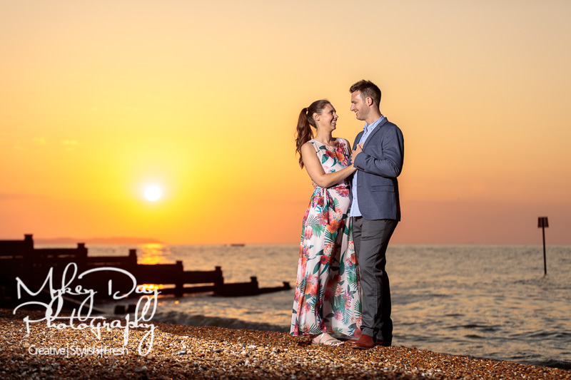 Whitstable-Sunset-Engagement-Pre-Wedding-Photos-Kent-Wedding-www.MykeyDay-Photography.com-30 Whitstable Sunset Engagement Photography - Rachel & Michael