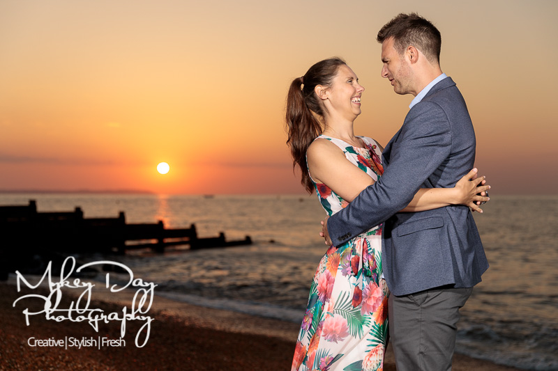Whitstable-Sunset-Engagement-Pre-Wedding-Photos-Kent-Wedding-www.MykeyDay-Photography.com-31 Whitstable Sunset Engagement Photography - Rachel & Michael