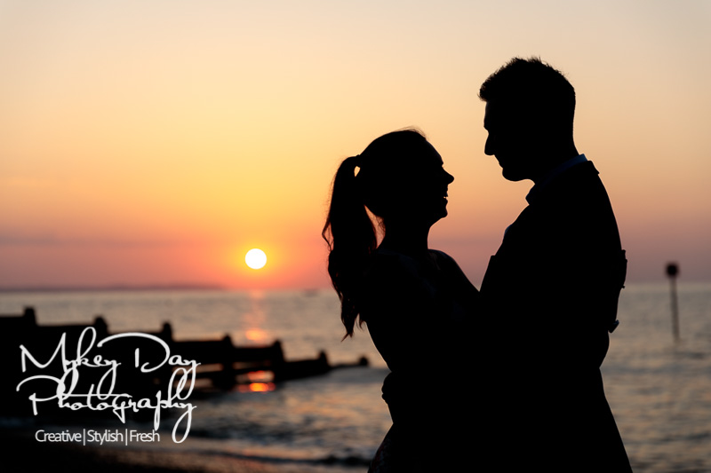 Whitstable-Sunset-Engagement-Pre-Wedding-Photos-Kent-Wedding-www.MykeyDay-Photography.com-32 Whitstable Sunset Engagement Photography - Rachel & Michael