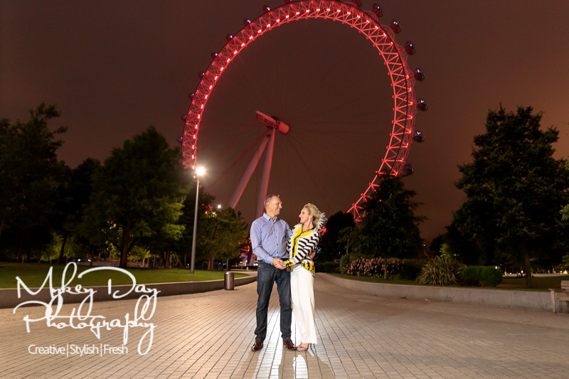 London-Engamement-Photography-London-Wedding-www.MykeyDay-Photography.com-71 London Eye & St. Paul's Engagement Photos - London Engagement Photography