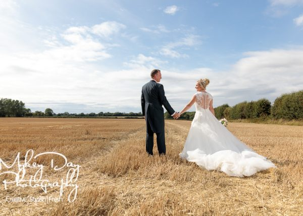 Old Kent Barn Wedding Photography | Kent Wedding Photographer