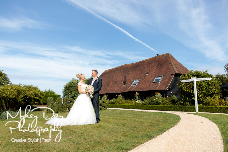 Old-Kent-Barn-Wedding-Photography-Kent-Wedding-Photographer-Marc-Jacqui-www.MykeyDay-Photography.com-44 Old Kent Barn Wedding Photography - Jacqui & Marc