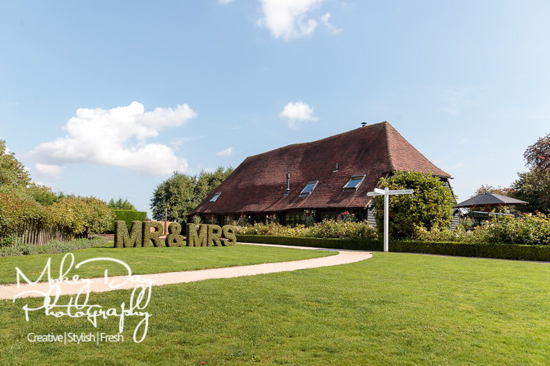 Old-Kent-Barn-Wedding-Kent-Wedding-Photography-www.MykeyDay-Photography.com-12 Old Kent Barn Wedding Photography