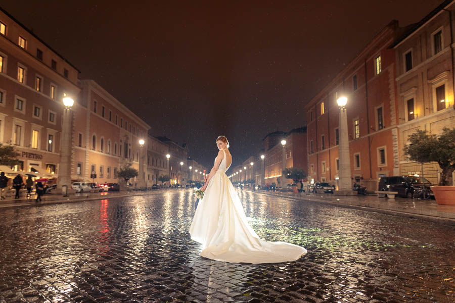 Rome-Wedding-Photography-Roma-Bridal-Photo-Shoot-www.MykeyDay-Photography.com-14 Rome Wedding Photography - Roma Magazine Photo Shoot