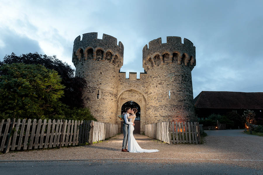 Cooling-Castle-Summer-Wedding-Laure-Roberto-www.MykeyDay-Photography.com-116 Cooling Castle Summer Wedding | Laura & Roberto