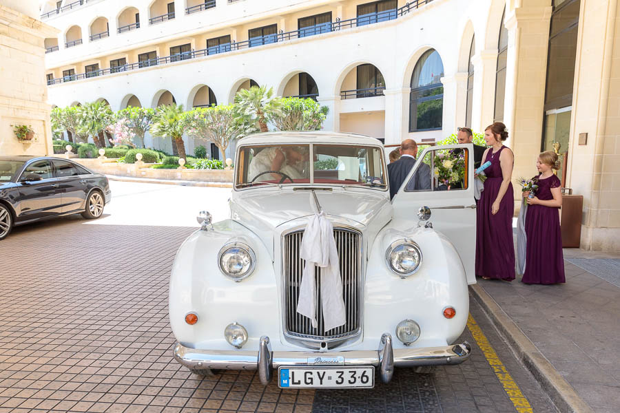 Grand-Hotel-Excelsior-Valetta-Wedding-Laura-Colin-Malta-Wedding-www.MykeyDay-Photography.com-27 Grand Hotel Excelsior Valetta Wedding | Laura & Colin